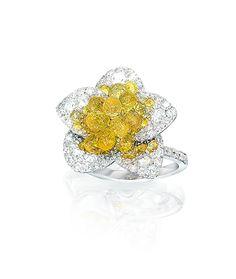 Cellini Jewelers Briolette Blossom Collection. Yellow Sapphire Briolette Blossom Ring