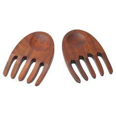 Wells Salad Hands