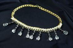 Colar dourado com pendentes. Artesanato feito à mão. Bijuteria DIY Jewelry Gold Pendant Necklace Fashion Handmade Crafts