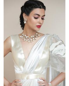 5 looks of Diana Penty that is perfect looks for bridesmaids! Indian Gowns Dresses, Indian Fashion Dresses, Indian Designer Outfits, Designer Dresses, Girls Dresses, Diana Penty, Bengali Saree, Indian Sarees, Saree Wearing Styles