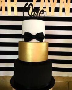 New birthday cake men bow ties 69 ideas Boys First Birthday Party Ideas, New Birthday Cake, 1st Birthday Cake Topper, Baby Boy First Birthday, 40th Birthday Parties, 1st Birthdays, Bowtie Birthday Party, Golden Birthday, Birthday Nails