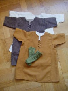 Children's garb (0-5/7 years of age) article in Swedish