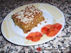 Νηστίσιμη πορτοκαλόπιτα με σουσάμι #sintagespareas Greek Sweets, Greek Recipes, Tiramisu, French Toast, Deserts, Pudding, Cooking Recipes, Treats, Cookies