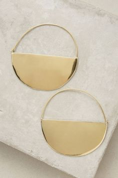 Half Moon Golden Hoops. Available here: http://rstyle.me/n/cetg7zbcukx