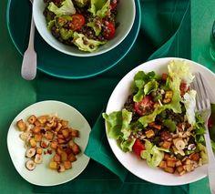 Endivien-Linsen-Salat mit Nuss-Kartoffel-Würfeln
