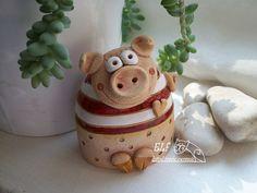 Polymer Clay Animals, Ceramic Animals, Clay Projects, Clay Crafts, Ceramic Pottery, Ceramic Art, Cute Clay, Clay Ornaments, Ceramic Studio
