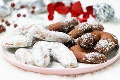 recept na nutelové rožky - KAMzaKRASOU.sk Doughnut, Cookies, Eat, Desserts, Food, Crack Crackers, Tailgate Desserts, Deserts, Eten