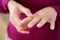 Top Homeopathic Remedies for Pain in Hands and Fingers