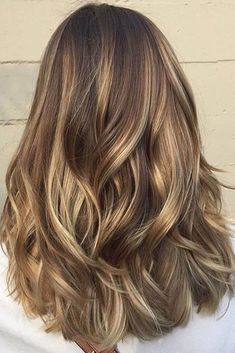 Medium Brown Hair with Buttery Blonde Highlights
