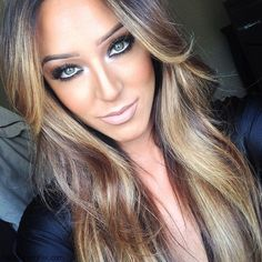 Makeup: How to highlight and contour your face with makeup like a pro? | Fab Fashion Fix