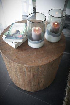 RTL Woonmagazine afl.2 Goossens bijzettafel Hampton Sofa Tables, Nirvana, Candle Holders, Sweet Home, New Homes, Living Room, Interior Design, Decoration, Happy