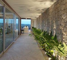 projeto maria brasil Patio Interior, Home Interior Design, Interior Architecture, Interior And Exterior, Future House, My House, Garden Wall Designs, Design Exterior, Villa
