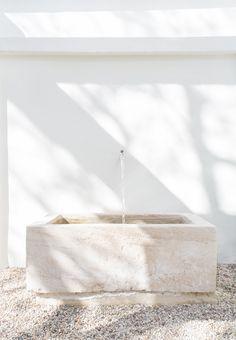 minimalist fountain
