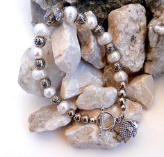 Freshwater Pearl Bracelet - Fish Charm by ReTainReUse on Etsy