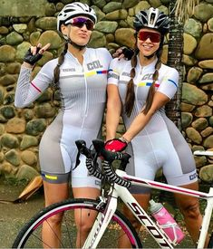 S-curve – Hot Girls Bicycle Women, Bicycle Girl, Female Cyclist, Cycling Girls, Bike Style, Sporty Girls, Biker Girl, Athletic Women, Female Athletes