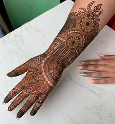 Pick a design and leave it on our Mehendi Expert. Plan your wedding with us now at Bookeventz! Wedding Henna Designs, Modern Henna Designs, Back Hand Mehndi Designs, Mehndi Designs Book, Stylish Mehndi Designs, Mehndi Designs For Fingers, Beautiful Mehndi Design, Mehndi Designs For Hands, Mehandi Designs