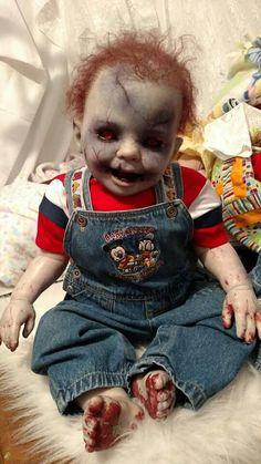 That's a scary looking little fucker Halloween Doll, Halloween Projects, Halloween Horror, Holidays Halloween, Halloween Themes, Halloween Costumes, Halloween Rocks, Halloween Carnival, Creepy Halloween