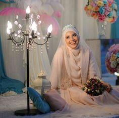Pretty bride … photo by shazlishots