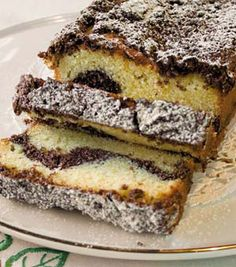 Chocaroon Cake Chocolate Cake With Coffee, Coffee Cake, Egg Yolks, Home Baking, Vanilla Essence, Egg Whites, Traditional House, Raising, Cocoa