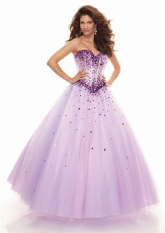 2016 A Line Absorbing Princess A Line Tulle Natural Waist Sweetheart Lovely Ball Gown Sequins Lace Up Floor Length Prom Dresses New! In Canada Prom Dress Prices Light Purple Prom Dress, Lilac Prom Dresses, Quince Dresses, Pretty Dresses, Lilac Dress, Sequin Dress, Beautiful Dresses, Tulle Ball Gown, Ball Gowns Prom