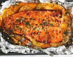 Prepara este riquísimo pescado empapelado con salsa de piña y mostaza (receta deliciosa) - Rezeptkategorien im Überblick – finden Sie Rezepte zu allen Themenbereichen und Anlässen bei chef. Fish Filet Recipes, Salmon Recipes, Fish Recipes, Seafood Recipes, Chicken Recipes, Clean Recipes, Raw Food Recipes, Indian Food Recipes, Cooking Recipes