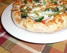 La meilleure pizza maison Pizza Buns, Pizza Sandwich, Pizza Recipes, Dinner Recipes, Healthy Recipes, Calzone, Recipes For Beginners, Keto Dinner, Entrees