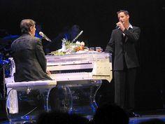 Wat ik wil u en de muziek gespeeld met Udo Jürgens en Kent Stetler duet vertellen