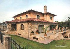 A jó családi ház titka: legyen elég pénz és idő Családi házat jó anyagokból, jól felépíteni vagy építtetni csak az tud, akinek legalább két dolog...