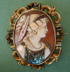 This fabulous mid-nineteenth century shell cameo is a very rare and special example of the art of commesso, a technique originating in sixteenth Victorian Jewelry, Antique Jewelry, Vintage Jewelry, Cameo Jewelry, Ivoire, Rare Antique, Vintage Brooches, French Antiques, Shells