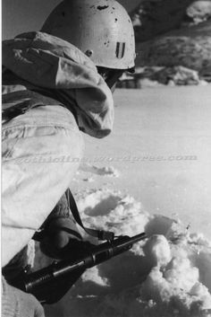 RSI paratrooper with snow camo helmet.