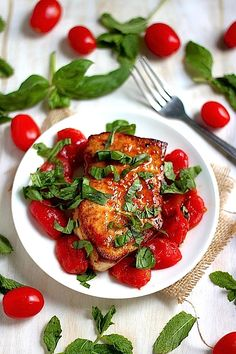 One-Pan Seared Swordfish with Spicy Olive Oil Poached Tomatoes - Baker by Nature Fish Recipes, Seafood Recipes, Dinner Recipes, Healthy Recipes, Healthy Food, Unique Recipes, Ethnic Recipes, Food Trends, One Pot Meals
