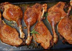 Rozmaringos kacsacomb Hungarian Cuisine, Hungarian Recipes, Meat Recipes, Chicken Recipes, Cooking Recipes, Food Dishes, Main Dishes, Food 52, Tandoori Chicken