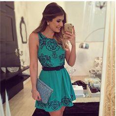 Lindo Vestido Feminino Curto Em Chiffom Trabalhado Verde