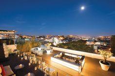 Nos últimos anos, Lisboa e Porto renderam-se à moda dos terraços, em hotéis…