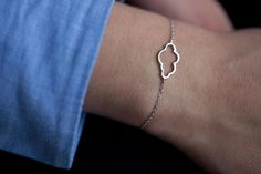 Bracelet nuage ajouré en argent véritable par Bijouxeliseetmoi sur Etsy https://www.etsy.com/fr/listing/267996642/bracelet-nuage-ajoure-en-argent