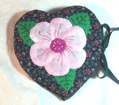 This item is unavailable Needle Case, Pin Cushions, Hand Sewing, Coin Purse, Diy, Quilts, Pattern, Handmade, Corner