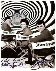 The Time Tunnel TV series - Robert Colbert, Lee Meriwether and James Darren - - it was not a great series but I tuned in just to eyeball James Darren! Sci Fi Tv, Sci Fi Movies, Great Tv Shows, Old Tv Shows, Classic Tv, Classic Films, Tv Retro, Retro Style, The Time Tunnel