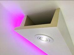 Deckenkasten Lichtleiste für LED Spot Be Gypsum Decoration, Led Band, Led Spots, Cove Lighting, Diy Home Repair, Ceiling Design, Downlights, House Rooms, Windows And Doors