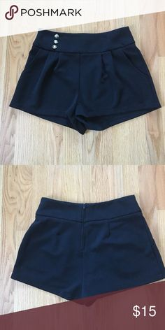 NWOT Winter Black Dress Shorts zip up back size M NWOT size medium, Winter Dress Shorts perfect for wearing over nylons or tights and with a blazer on top! Zip up back and front side pockets! Thick material and loose fitting, these Shorts hit a little lower then the middle of your thigh. Shorts
