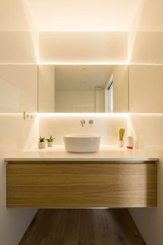 """The """" Explanada Reform """" arose from the need to adapt space and interior design to the changes experienced between differing generations, . Washroom Design, Bathroom Design Luxury, Modern Bathroom Design, Home Room Design, House Design, Washbasin Design, Wooden Bookcase, Bathroom Design Inspiration, Small Toilet"""