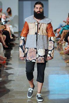 Ese Kike Liaño!!!!!   MOVE Moda Sevilla 2013. Diseño Moda Sevilla. Pasarelas. Desfile Move. Yuna Bluek