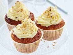 Porkkanakuppikakut Finnish Recipes, Piece Of Cakes, Cake Cookies, Cupcakes, Yummy Drinks, Yummy Cakes, Sweet Recipes, Bakery, Good Food