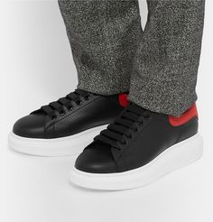 Exaggerated-sole Leather Sneakers Alexander McQueen Buy Cheap Latest Low Price 7bTQ7j
