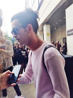 //The 1975// Matty Healy // I am in love with this outfit pink, shades, hair up!