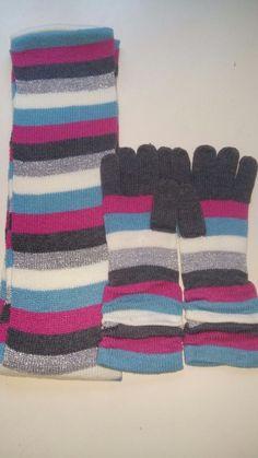 Set guanti e sciarpa a righe, NUOVI!