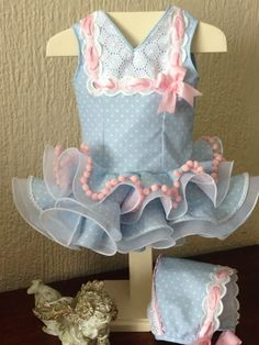 mis dulces nenes Baby Frocks Designs, Frock Design, Hand Embroidery Patterns, Couture, Lolita Dress, Pet Clothes, Beautiful Children, Baby Dress, Girl Fashion