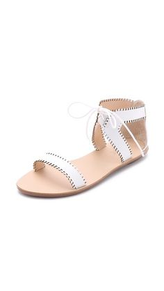 77a4caedb75c18 85 best Shoe Love images on Pinterest
