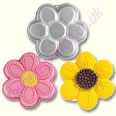 Wilton dancing daisy flower cake pan - for Chloe's cake (the one she's going to bust into and smash everywhere). Cupcake Decorating Supplies, Wilton Cake Decorating, Cake Supplies, Baking Supplies, Cookie Decorating, Decorating Tips, Cake Baking Pans, Wilton Cake Pans, Wilton Baking