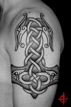 Nordic Tattoo by Colin Dale - http://www.skinandbone.dk