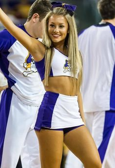 See more East Carolina cheerleaders HERE On - Cheerleaders - Sport Hottest Nfl Cheerleaders, College Cheerleading, Cheerleading Pictures, Football Cheerleaders, Cheerleading Outfits, Cheerleader Girls, College Football, Sport Treiben, Sport Girl